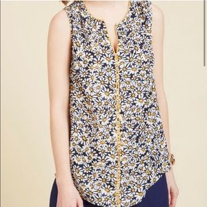 ModCloth flower tank size Small